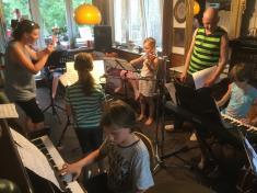 Rockeři cvičí na akademii 12. 6.